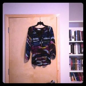 3/4 length multi-colored blouse